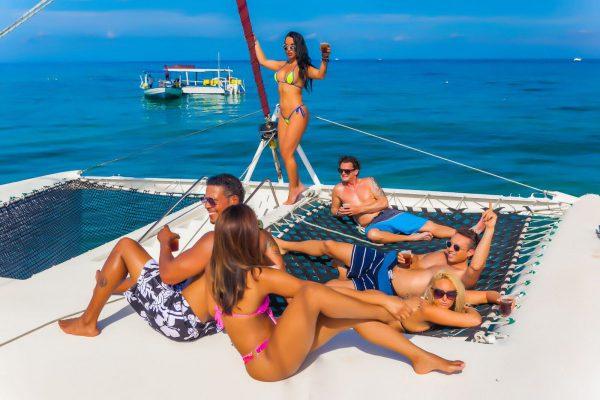 Hedo Catamaran 1_preview