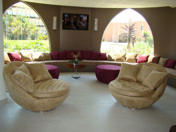 OZI 200 Lobby 1 W