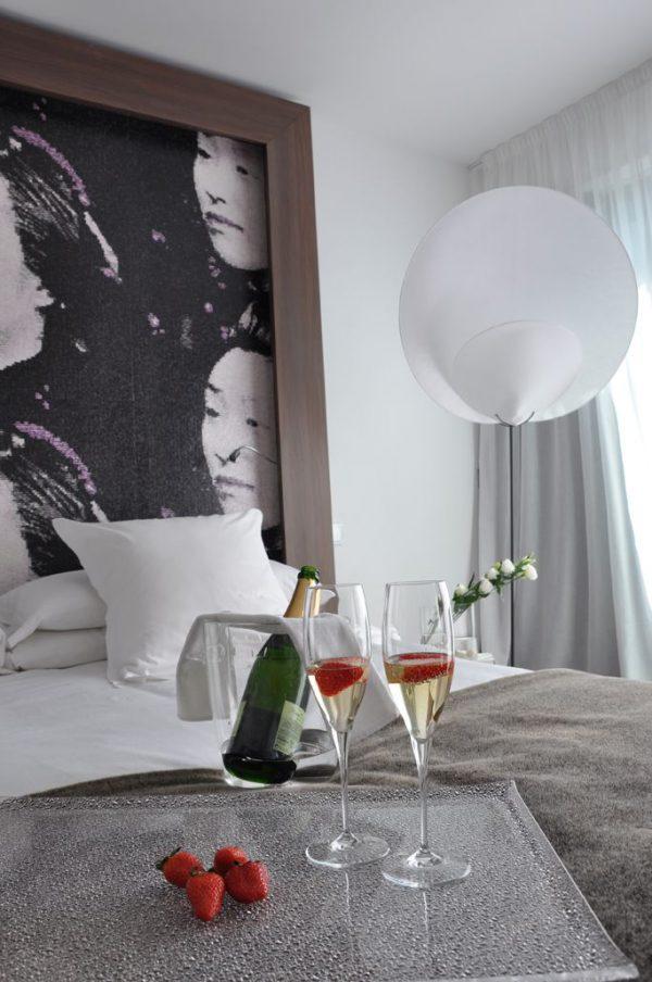 OZI 214 Zimmer mit Champagner W