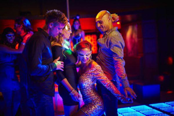 desire-riviera-y-night-club-sexy-dancing-1024×683