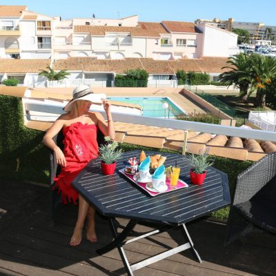 Swingtime Travel - Hotel Eve Cap d'Agde Terrasse mit Pool