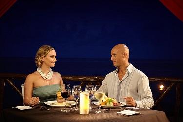 Desire Riviera Maya diner