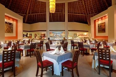 Desire Riviera Maya restaurant