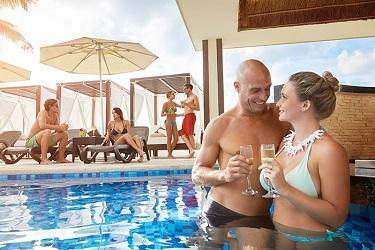 Desire Riviera Maya zwembad 2