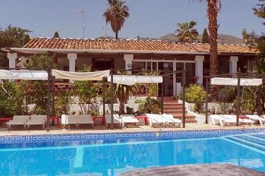 La Macarena zwembad 1