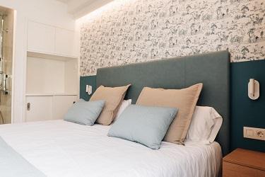 La Mirage bed
